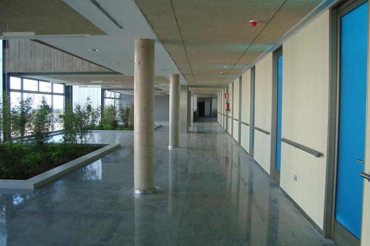 Vista de la zona de consultas en la primera planta del Hospital del Norte