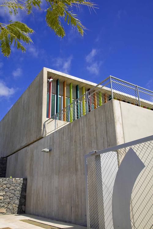 Detalle del lateral izquierdo del edificio